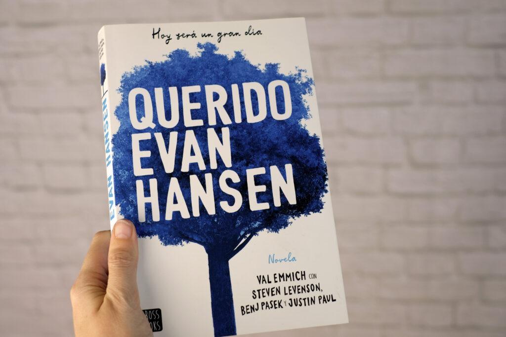 Querido Evan Hansen una novela que te cautivará publicada por Planeta editorial.