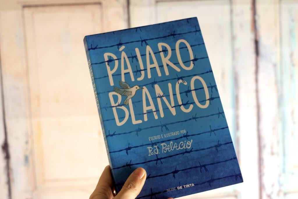 Pájaro Blanco es la última novela de R.J Palacio publicada por Nube de Tinta.