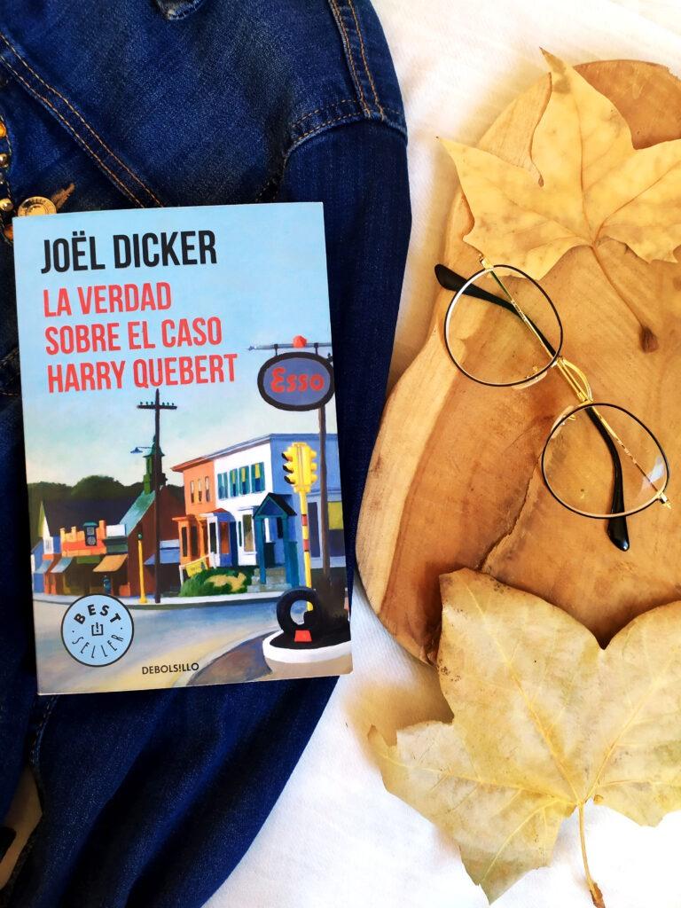 La verdad sobre el caso Harry Quebert un libro de Joel Dicker.