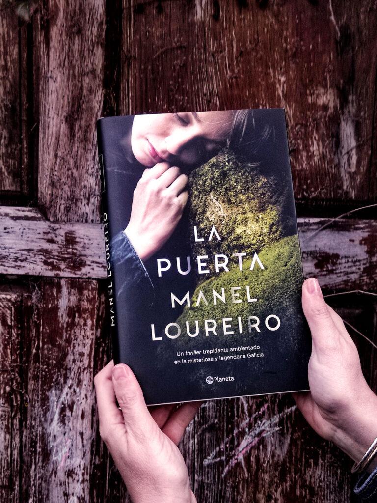 La puerta de Manel Loureiro.